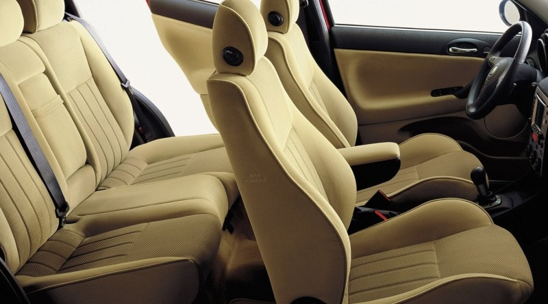 2000-Alfa-Romeo-147-All-Seats1